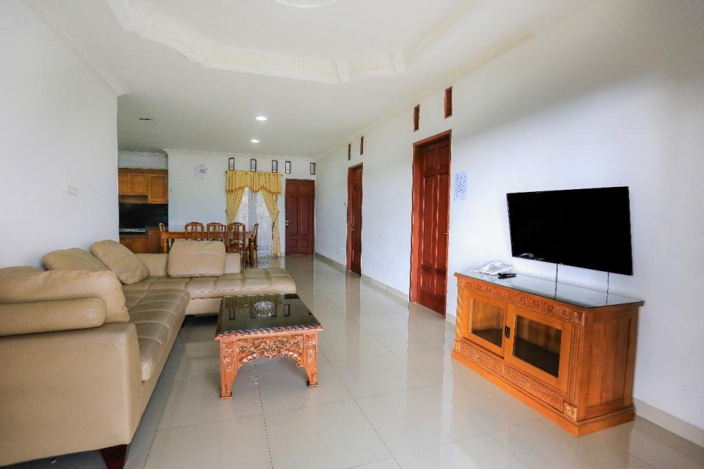 Villa Robinson Resort Puncak Bogor